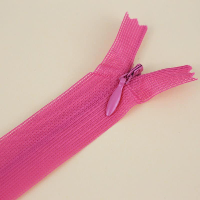 Zip invisible fushia