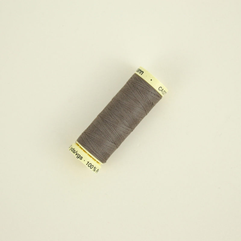 Fil Gutermann marron 439