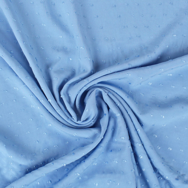 Tissu viscose plumetis bleu ciel