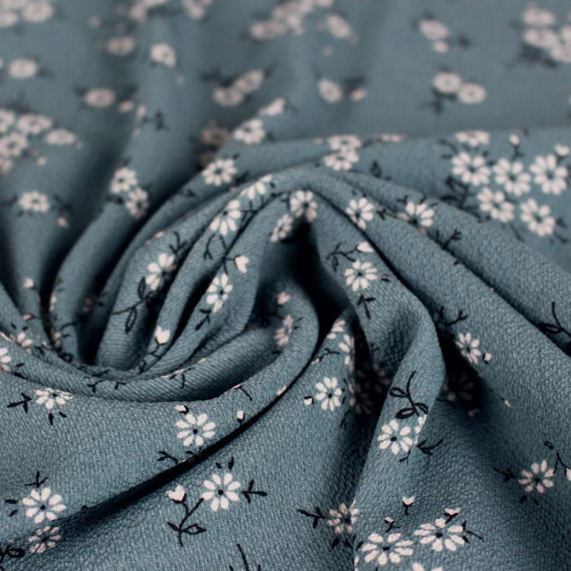 Zoom Tissu crêpe gaufré petites fleurs aquamarine