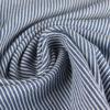 Tissu denim à rayure bleu moyen