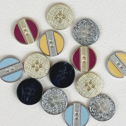 Moyens boutons 13-20 mm