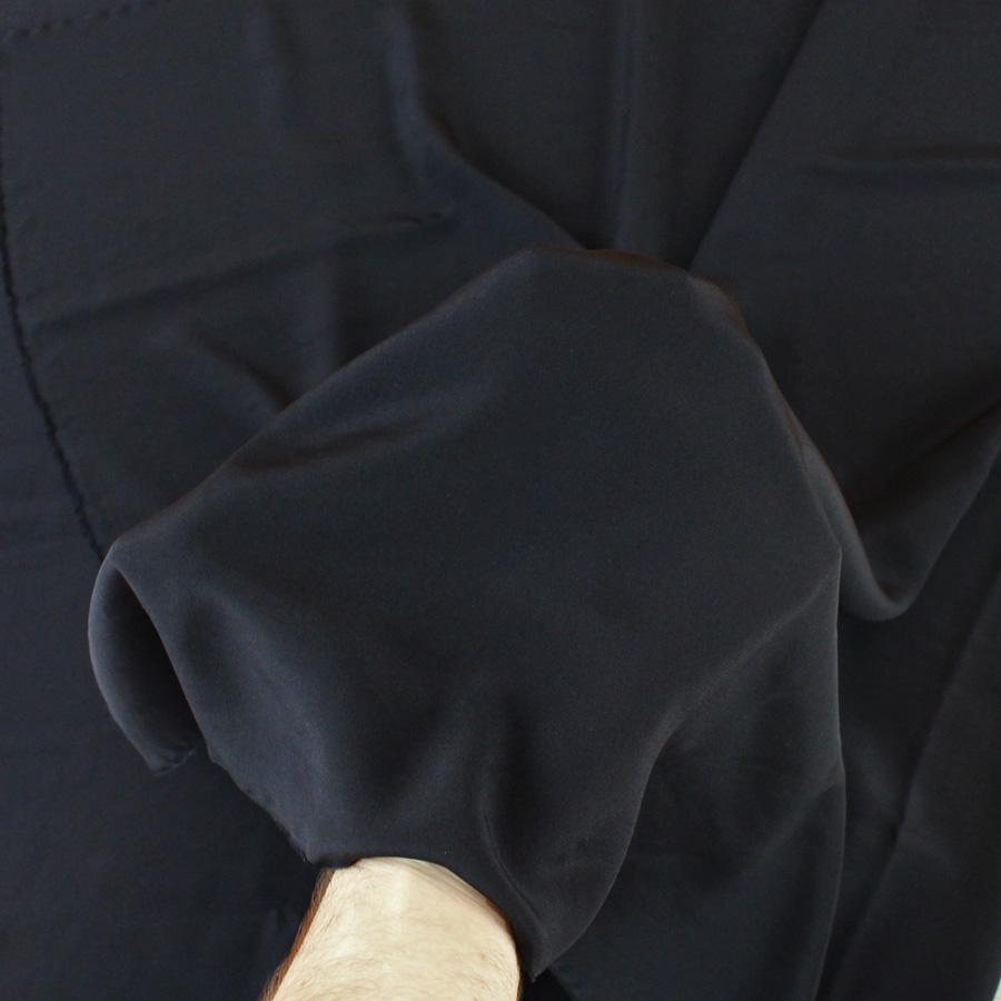 Crêpe de soie - noir